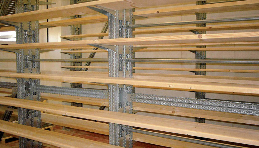 scaffalature industriali multipiano in legno