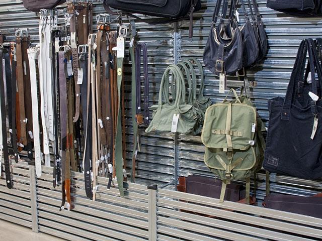 scaffali carichi leggeri Abruzzo per negozi