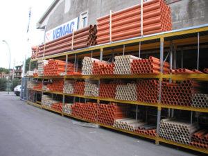 scaffali cantilever per magazzino idraulico