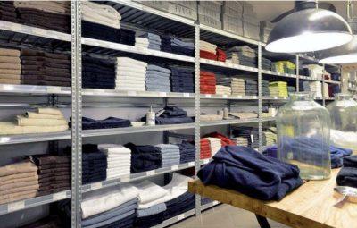 scaffalli metallici negozi abbigliamento