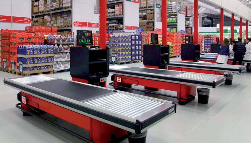 banchi metallici cassa supermercati