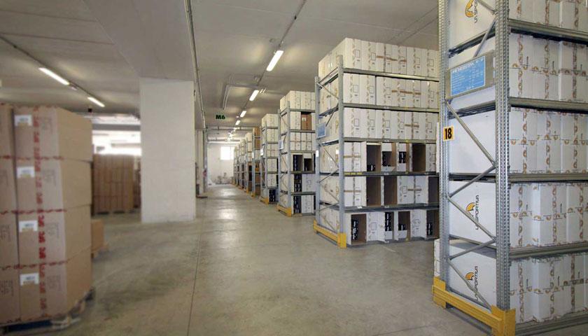 scaffalature per archivio pacchi e scatoloni