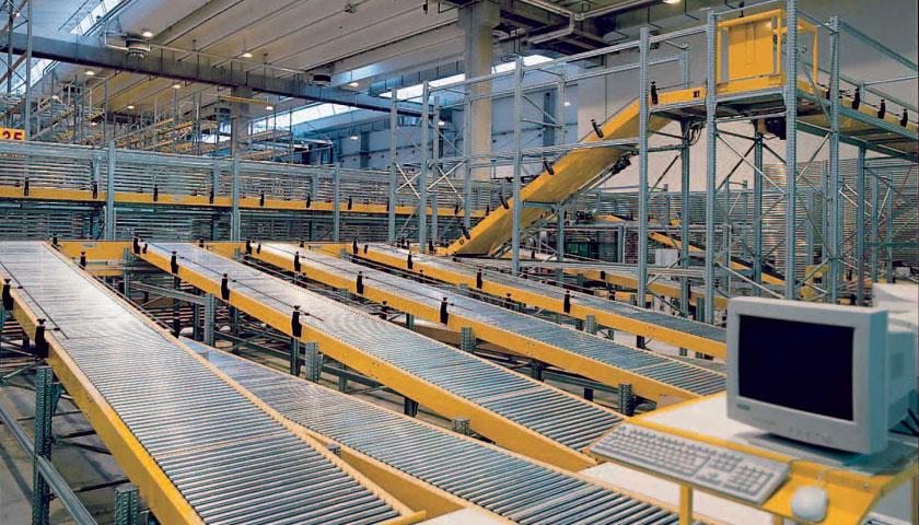 magazzini automatici con scaffalature industriali