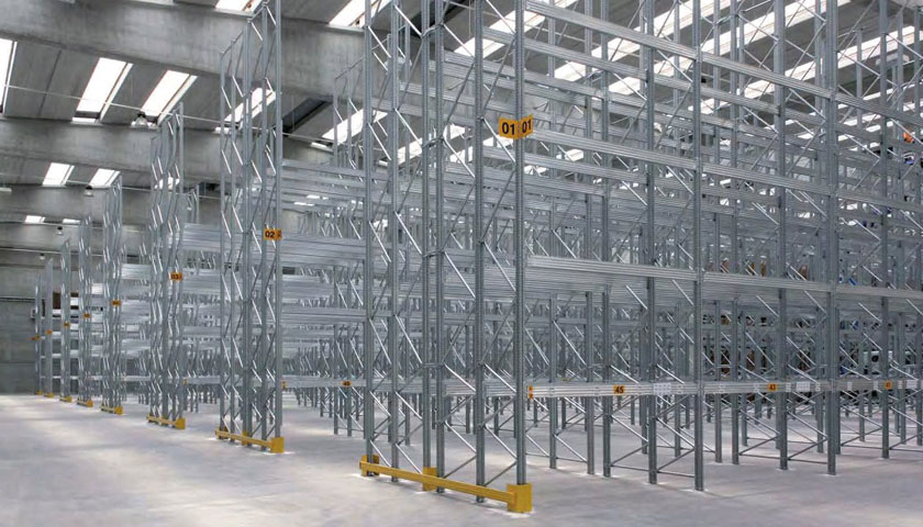 scaffalature metalliche stoccaggio merce