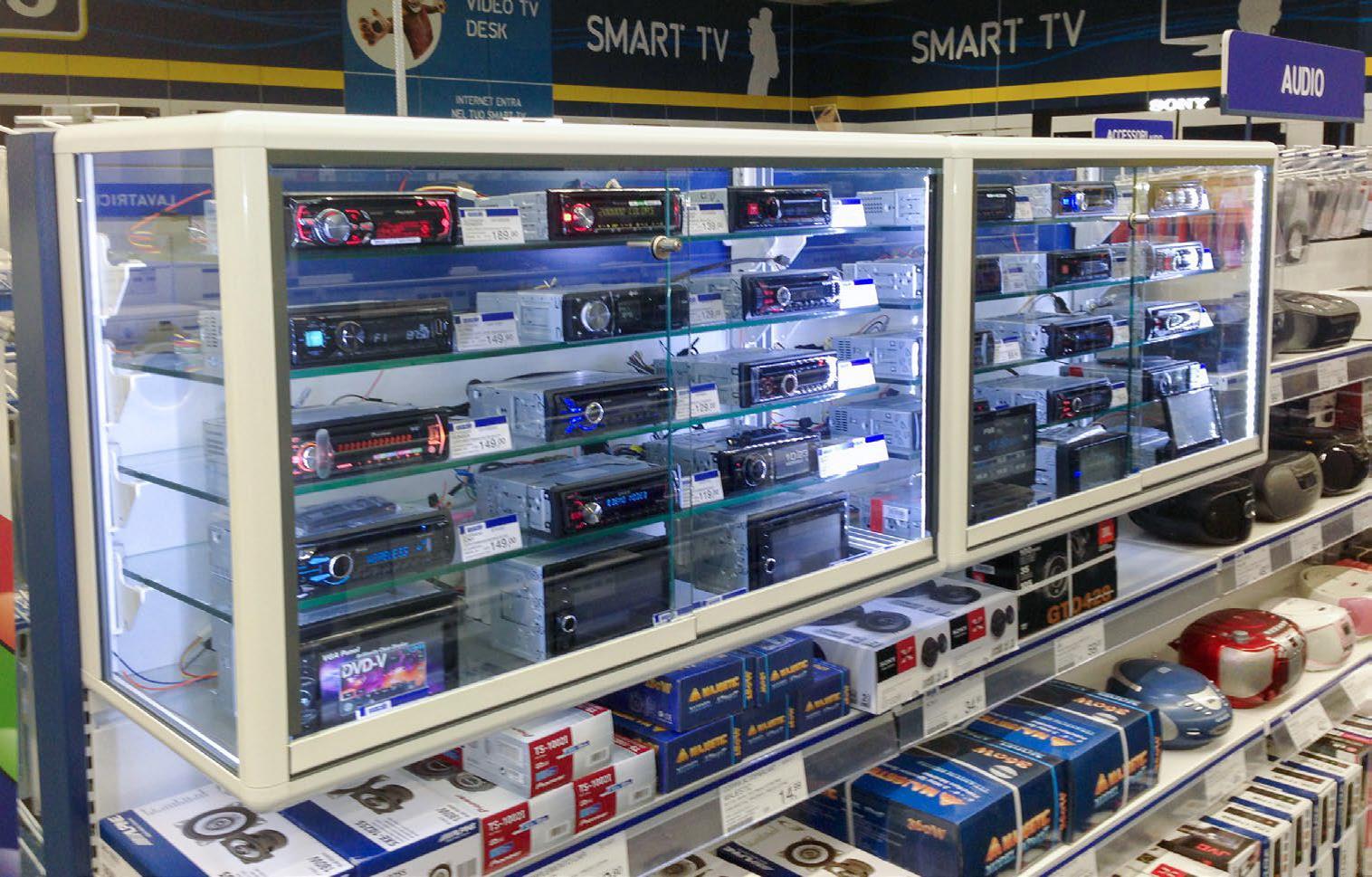 espositore arredamento negozio elettronica