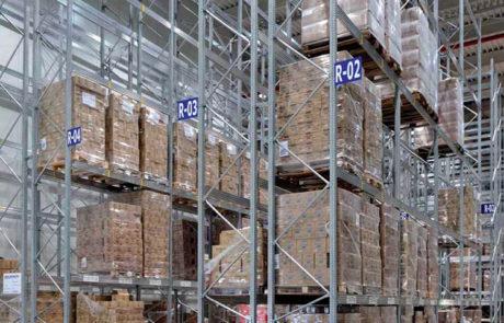 scaffali magazzini
