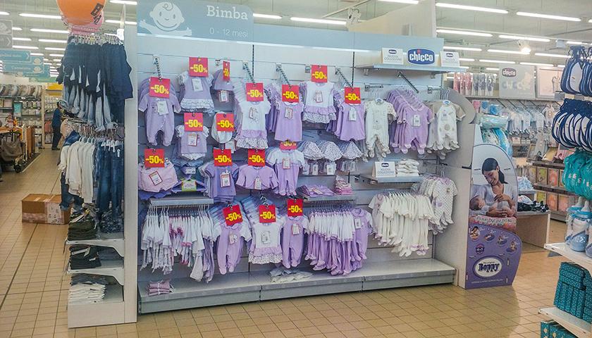 Scaffali per negozi di abbigliamento