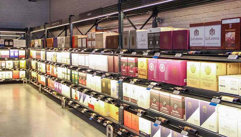 arredamento per negozi nelle marche