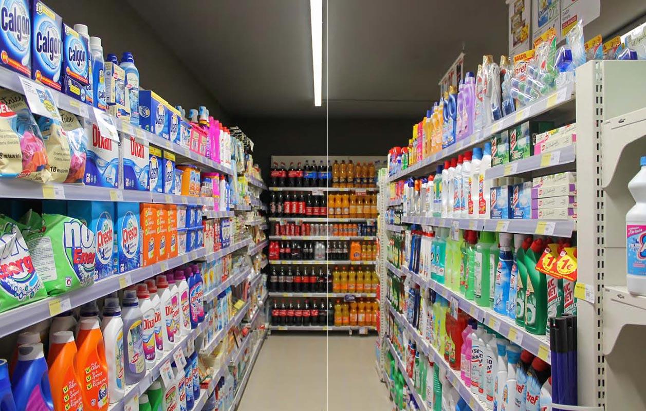 scaffali metallici per supermercati