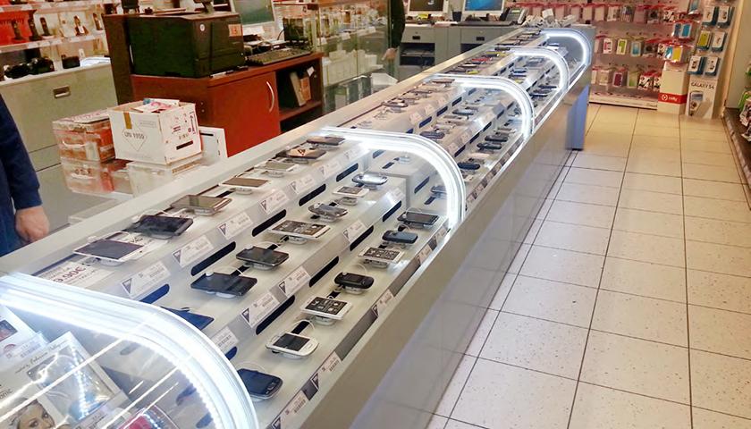 banconi per negozi elettronica