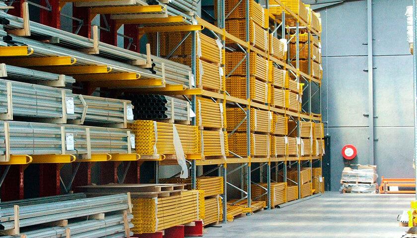 scaffali industriali cantilever